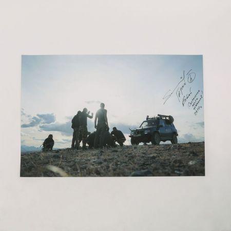 Постер со съемок фильма с автографом